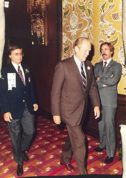 Image of Paul Ecke Jr. and President Gerald Ford